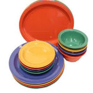 Plastic_Plates_Bowls_and_Trays_2.jpg